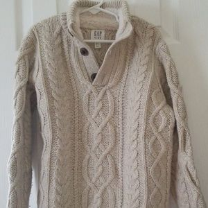 Worn once Gap kids cable sweater